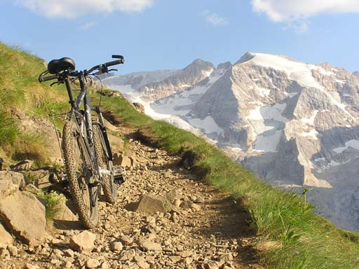 Mountainbike Marmolata